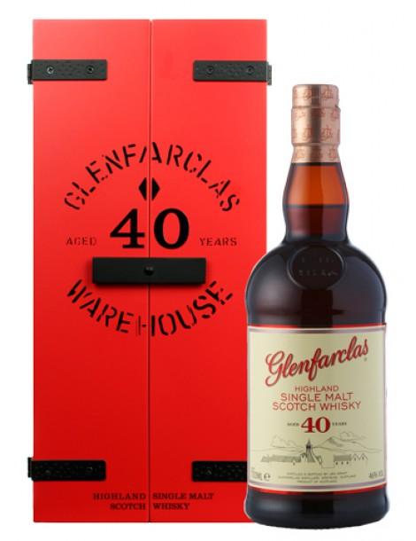 Виски GLENFARCLAS 40 years 43% OF 0,7л дерево